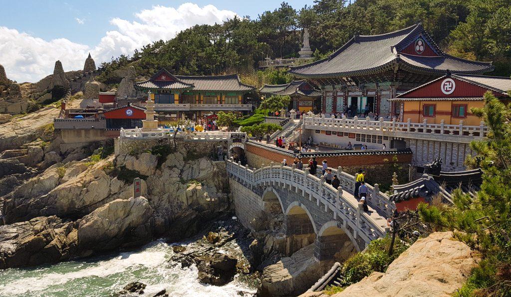 templo-haedong-yonggungsa-en-busan-corea-del-sur